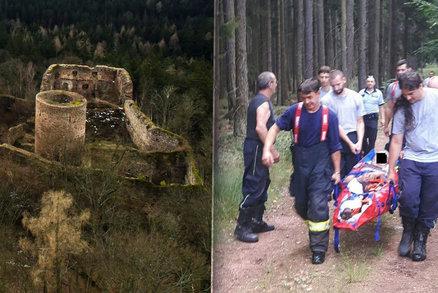 """Turisté """"mizí"""" v Brdech, zraněného cyklistu hledali hodiny. Chybí značení cest"""