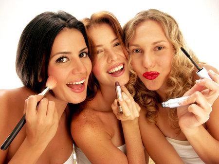 Pozor, i v kosmetice, u které byste to nečekala, může být spousta bakterií