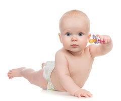 Pozor, dudlík nikdy neolizujte! Čím vším dětem ničíme zdraví?
