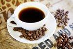 Některé děti pijí kávu už ve věku školáků