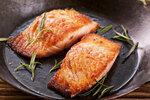 Chutného lososa dětem dopřejte, posílíte jejich srdce i mozek.