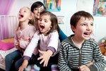 Vůči prvorozeným jsou rodiče úzkostnější, ale také náročnější
