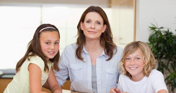 Jak zvládnout školní starosti? Nebojte se dětem přiznat svoje chyby a slabosti