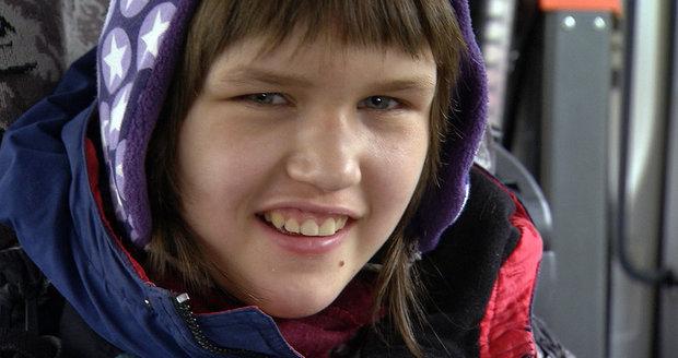 Děti úplňku: Film ukazuje, jak těžký je život s autismem. Stát rodinám skoro nepomáhá!