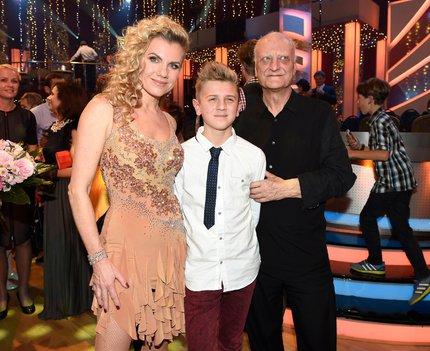 Na soutěži StarDance ji přišli podpořit syn Artur i zesnulý manžel Bořek Šípek.