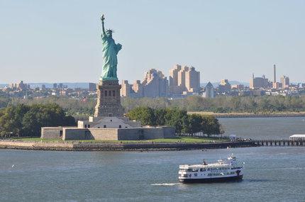 V New Yorku působila Destinnová v Metropolitní opeře.
