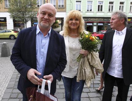 Martinová je po boku své nové lásky, léčitele Květoslava šťastná.