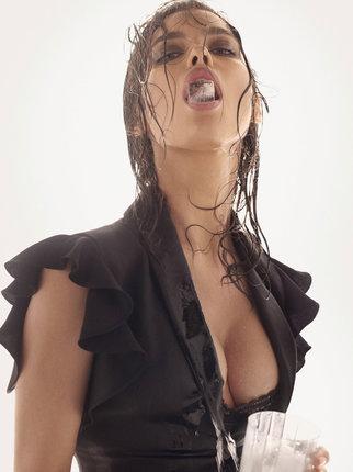 Irina Šajk umí z těhotenství těžit.