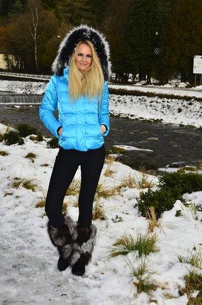 Modelka Lucie Bednářová ví, jaké boty se nosí!