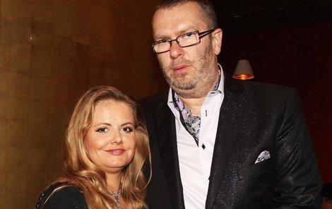 Zpěvák Richard Müller s přítelkyní Vandou
