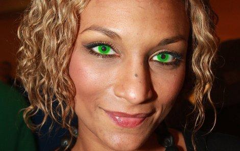 Exotická Lejla Abbasová se léčila vteřinovým lepidlem!