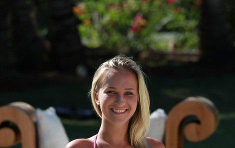 Nela Slováková (22)