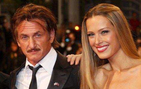 Sean Penn a Petra Němcová.
