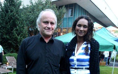 Michael Kocáb se svou velkou láskou Lejlou.