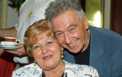Pepíček Zíma a jeho milovaná žena.