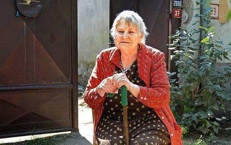 Paní Cecílie se kvůli Romům bojí vyjít na ulici