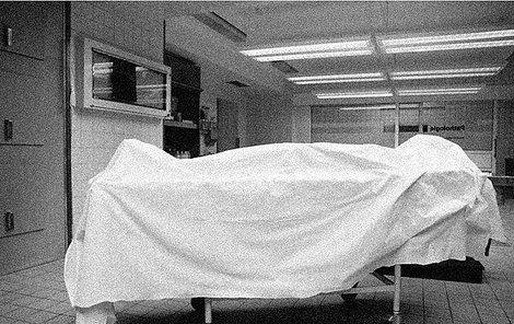Mrvola, která byla zastlaná v postelí, byla v pořadí pátou Biedermanovou vraždou.
