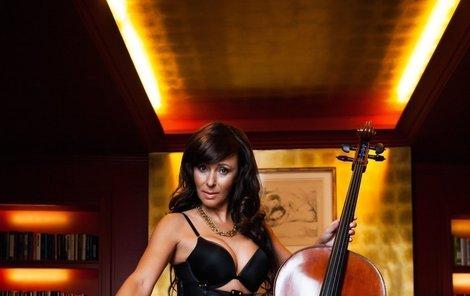 Heidi Janků je i v 50 sexy dračice