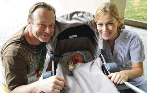 Michal s Lucií už vychová synka Michala. Další miminko je na cestě.