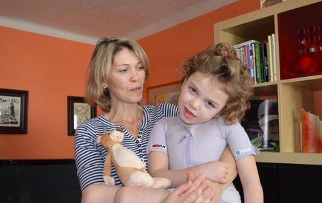 Eliška Marschavellová s maminkou.