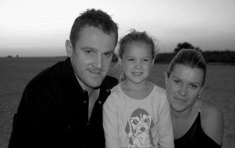 Kubina s dcerou a manželkou.