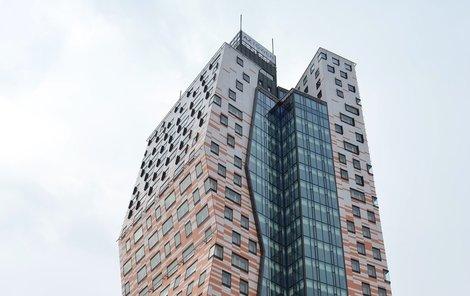 AZ Tower přebírá primát nejvyššího domu.