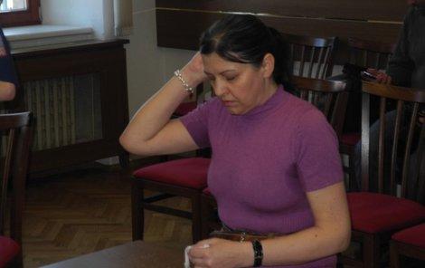 """""""Věřím v jiné životy a dceři jsem pomohla,"""" tvrdila soudu Marie S."""