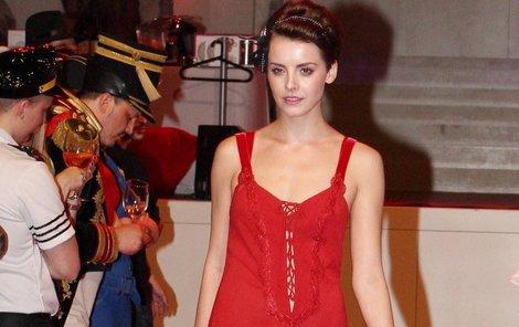 V červené košilce sklidila Česká Miss největší úspěch.