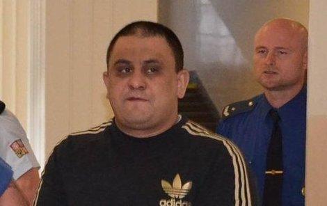Násilník Vasil Ž. zmrzačil mladíka jen proto, že se zeptal, proč mu ničí auto.