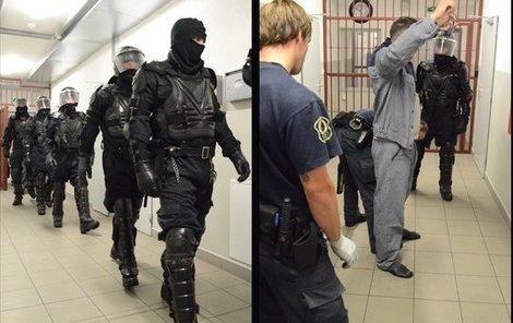 Razie ve věznici Rapotice.