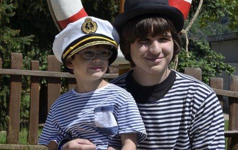Bojovník Lukáš už dnes pomáhá mladším dětem.