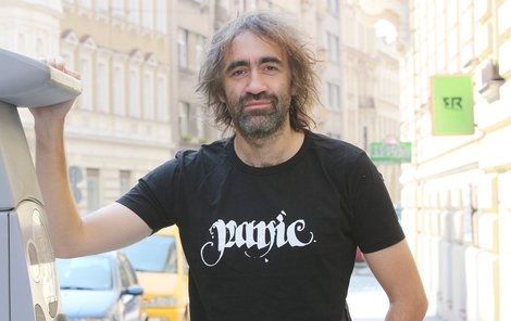 """""""Politiku bych nikdy netočil,"""" říká režisér Jakub Kohák."""