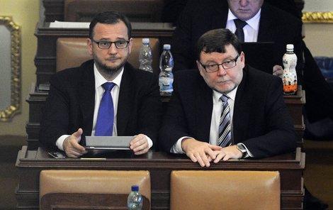 Končící poslanci Petr Nečas a Zbyněk Stanjura.