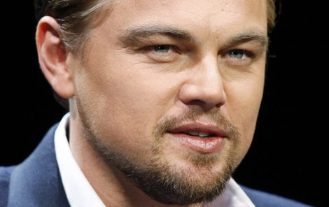 "Leonardo DiCaprio attends a news conference to promote his movie ""Shutter Island"" in Tokyo March 11, 2010. REUTERS/Yuriko Nakao (JAPAN - Tags: ENTERTAINMENT HEADSHOT SOCIETY)"