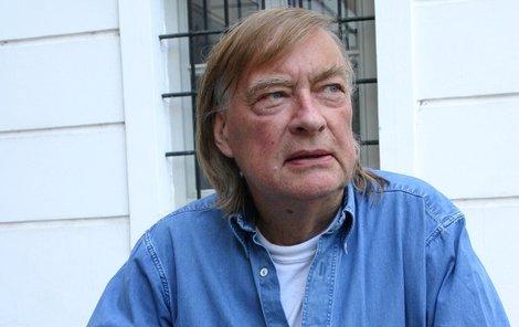 Režisér Vít Olmer se na setkání a spolupráci s herci po letech moc těšil.