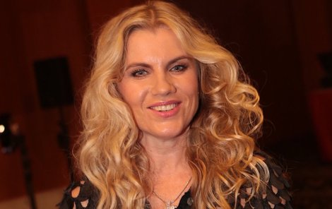 Leona Machálková zazpívala.