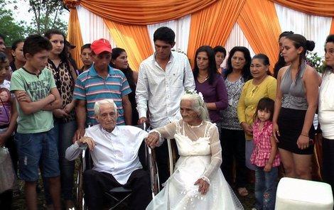 Jose a Martina se vzali už před 49 lety, tehdy však svatbu neposvětil církevní obřad.