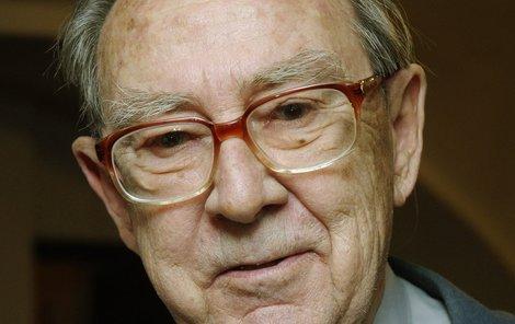 Ve věku 82 let zemřel 22. října spisovatel, dramatik, dramaturg a scenárista Otto Zelenka (na archivním snímku).