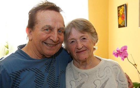 Jaroslav a paní Malá jsou v domově seniorů velice oblíbený a hodně veselý pár.
