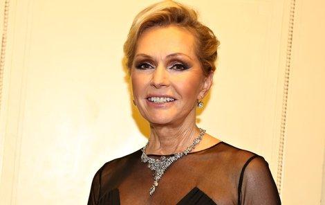 Helena se pro své fanoušky nechala ozdobila šperky v hodnotě 6 milionů korun.