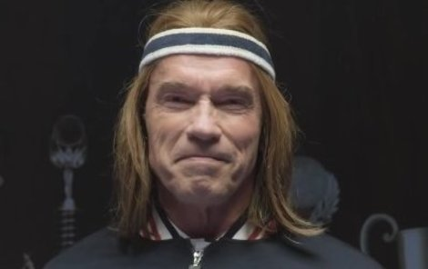 Arnold Schwarzenegger jako zrzoun.