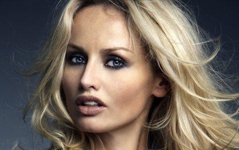 Adrina Sklenaříková vypadá úplně jinak