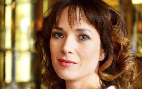 Tereza Kostková by šla na rande s Myšpulínem.