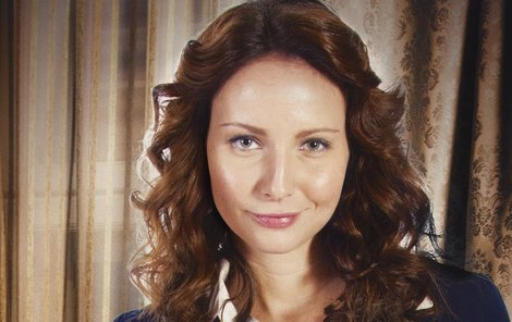 Veronika Nová podle smlouvy nesmí otěhotnět.