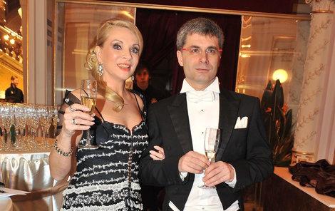Na loňském Plesu v Opeře Studenková předvedla, že ze zajíčka Braňa se stal životní partner.