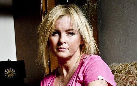 Iveta Bartošová se naposledy rozloučila s manželem.