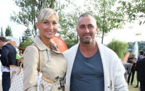 Dominika Mesárošová a její nový přítel Marek.