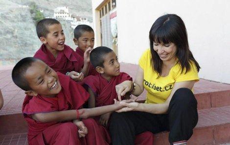 U města Mussoorie navštívili tibetské děti i staré Tibeťany, kteří žijí v exilové vesničce.
