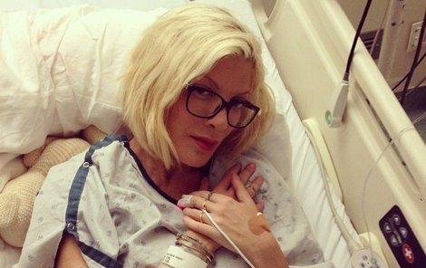 Tori Spelling v nemocnici