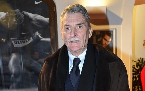 Martin Huba se opřel do herců, kteří účinkují v nekonečných seriálech.